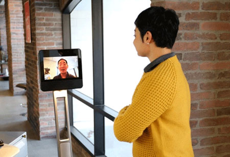Breaking the Geo-Spatial Barriers - How Telepresence Devices are Changing the Rules of Business